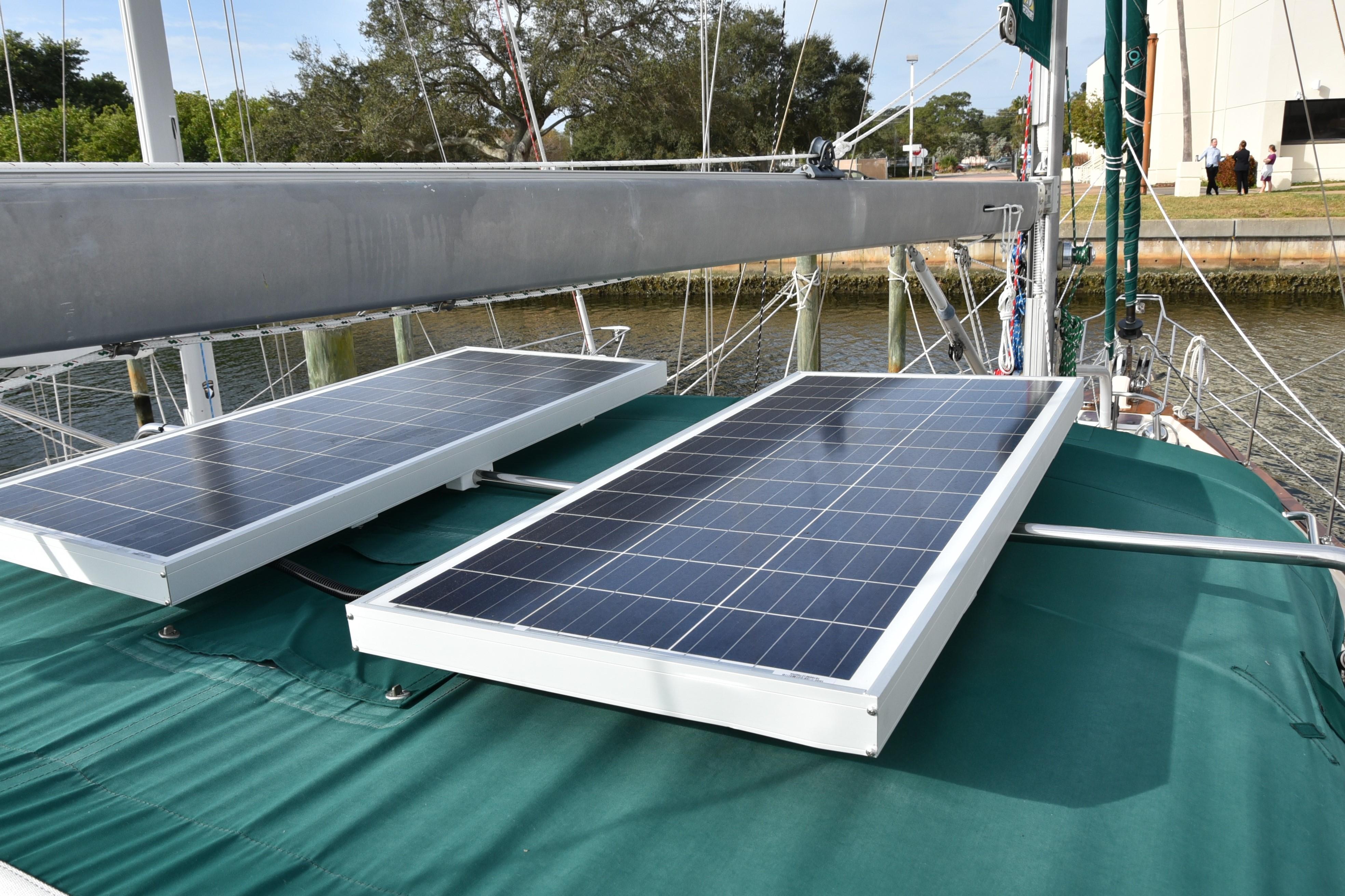SOLAR PANELS - NEW