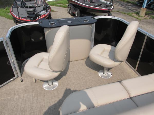 2018 Ranger Boats boat for sale, model of the boat is 223 FISH TRI TOON & Image # 16 of 29