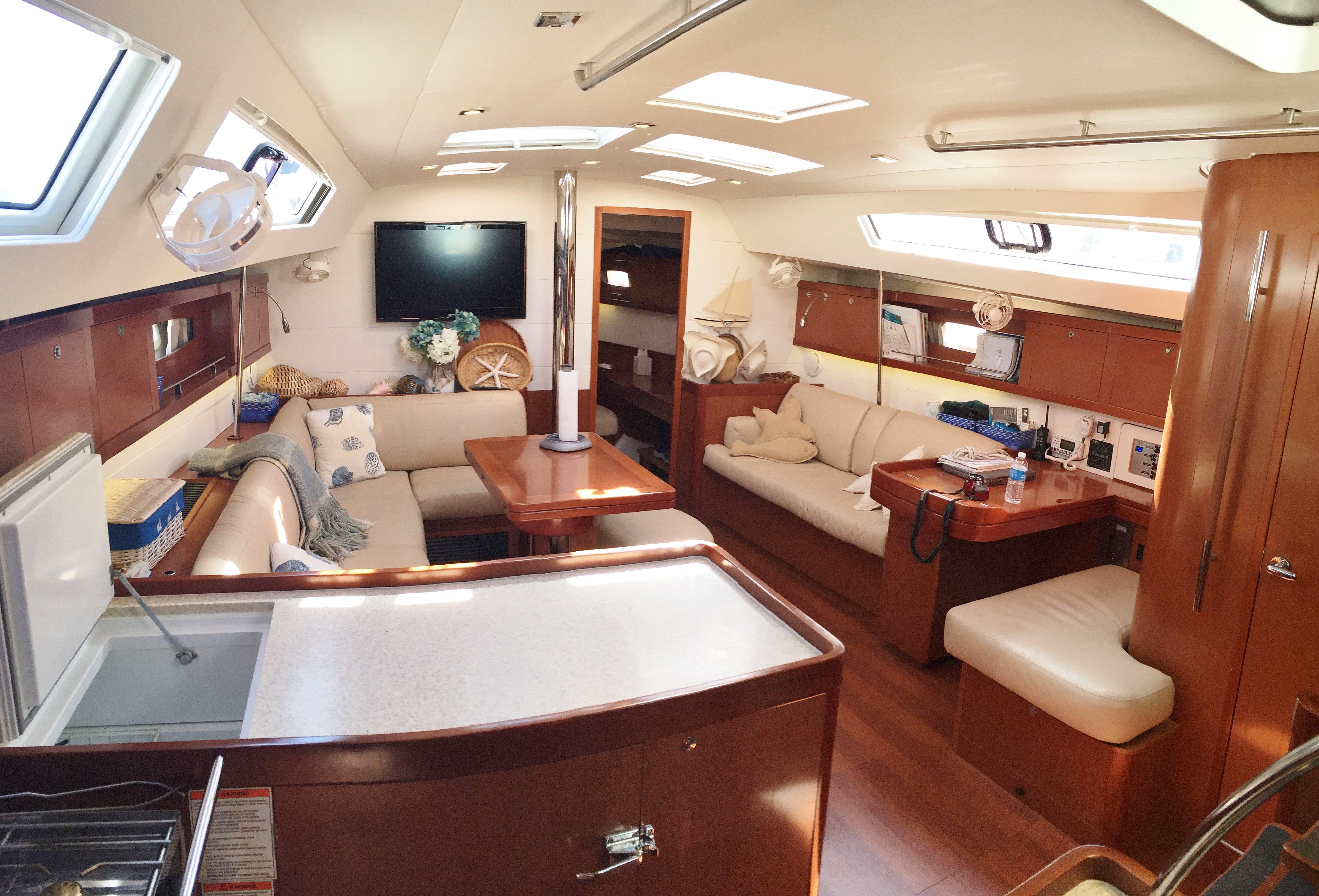 2011 Oceanis 50 EQUINOX   David Walters Yachts