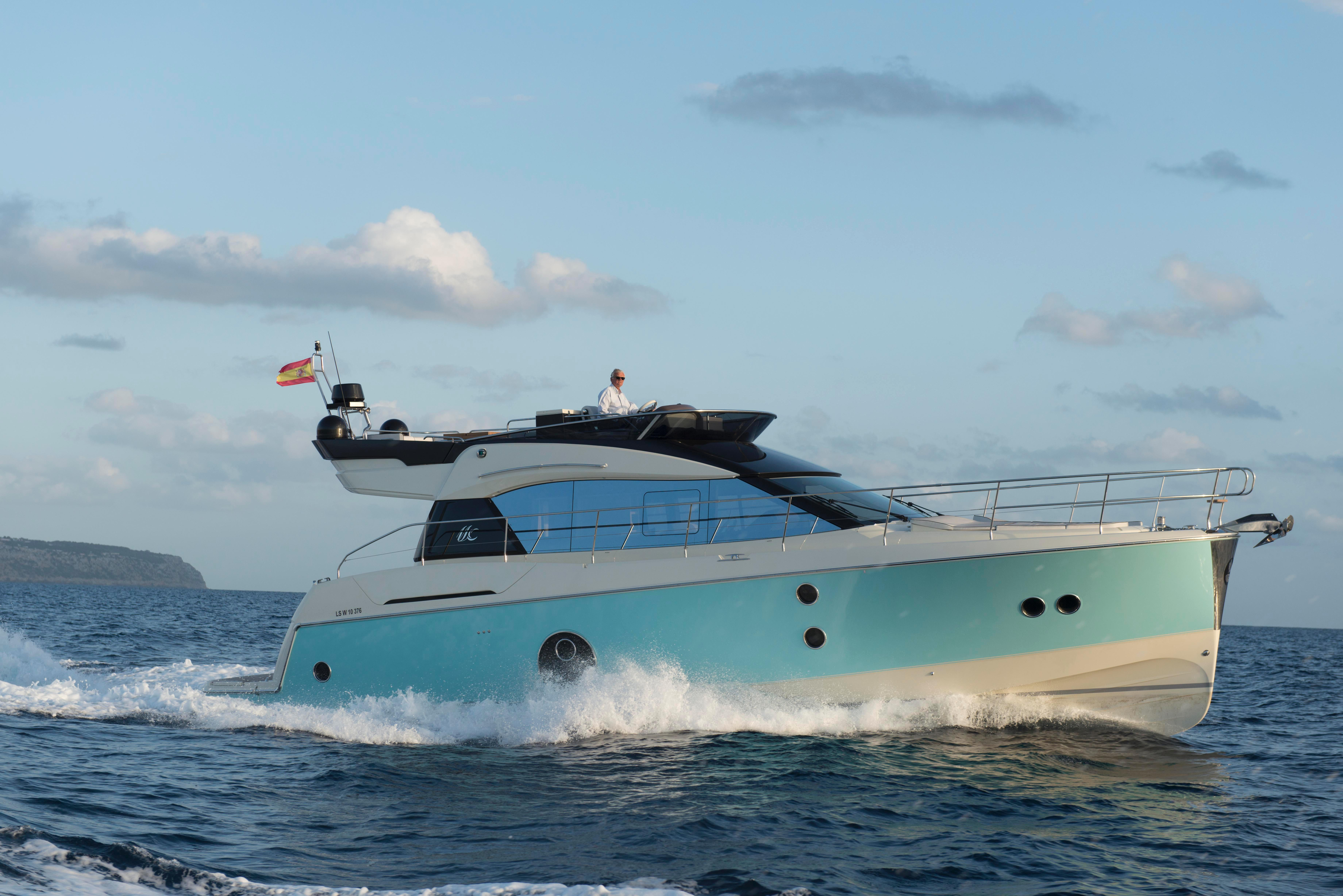 The MC5 Hull Design Provides A 4 Degree Bow Rise Compared To Her Competitions 6 Or More Degree Bow Rise.