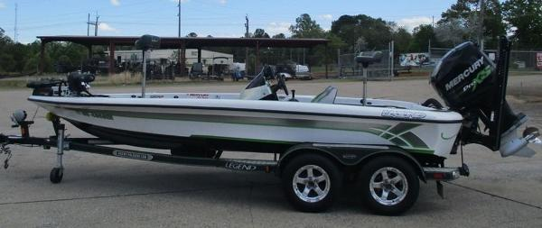 2014 Legend boat for sale, model of the boat is Alpha 199 & Image # 4 of 8