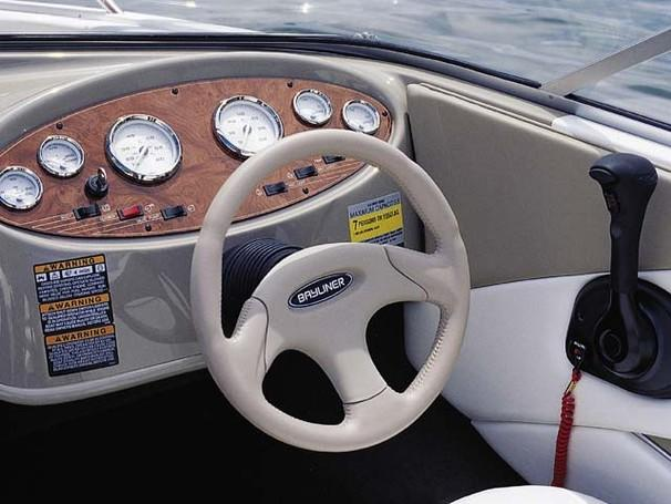 2002 Bayliner boat for sale, model of the boat is 1950 Classic & Image # 6 of 9