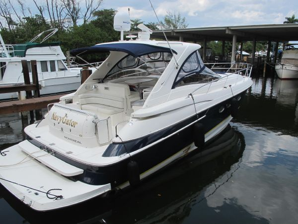 2004 Regal 4260 COMMODORE Location: Broward County US. $199900.00