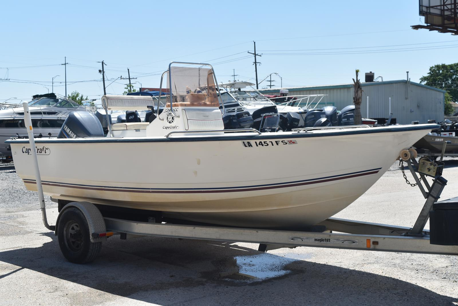2006 Cape Craft boat for sale, model of the boat is 20CC & Image # 3 of 6