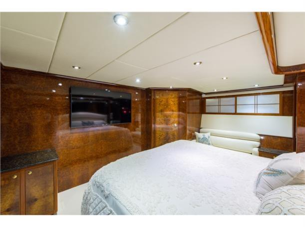 Aft stateroom, forward view