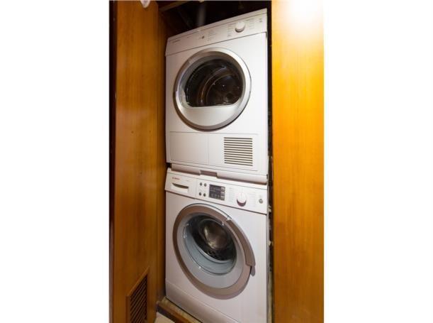 Laundry, mid ship