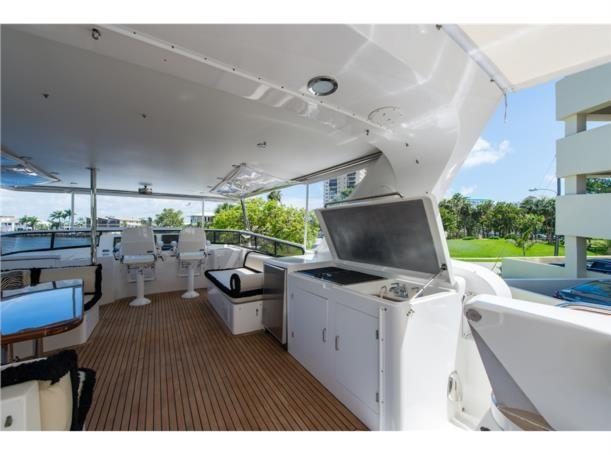 Flybridge grill, sink, and refrigerator