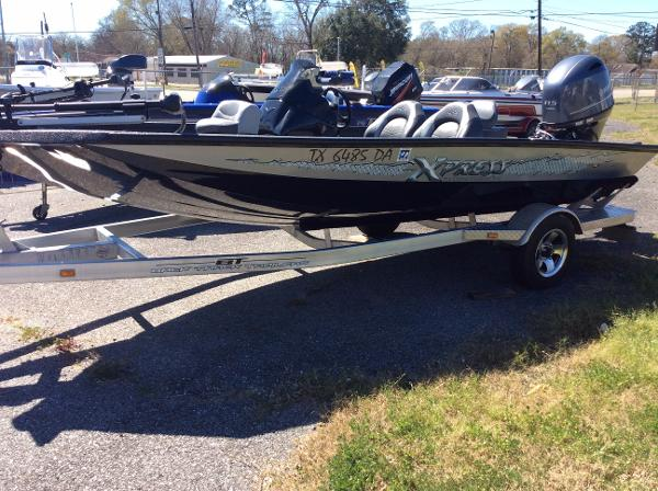 <a href='//www.boatbuys.com/2014-xpress-x17-pro-for-sale-in-texas_2231312'>2014 Xpress X17 Pro - $18,795 USD</a>