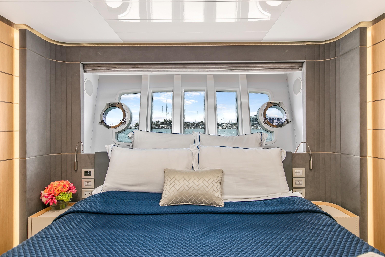 22016 Ferretti Yachts 960 ''Queen B