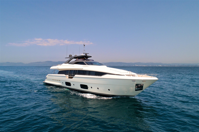 2016 Ferretti Yachts 960 ''Queen B