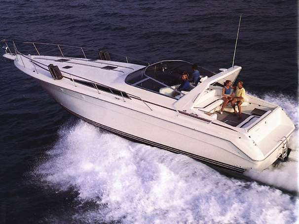 Sea Ray 440 Sundancer Motor Yachts. Listing Number: M-3280030