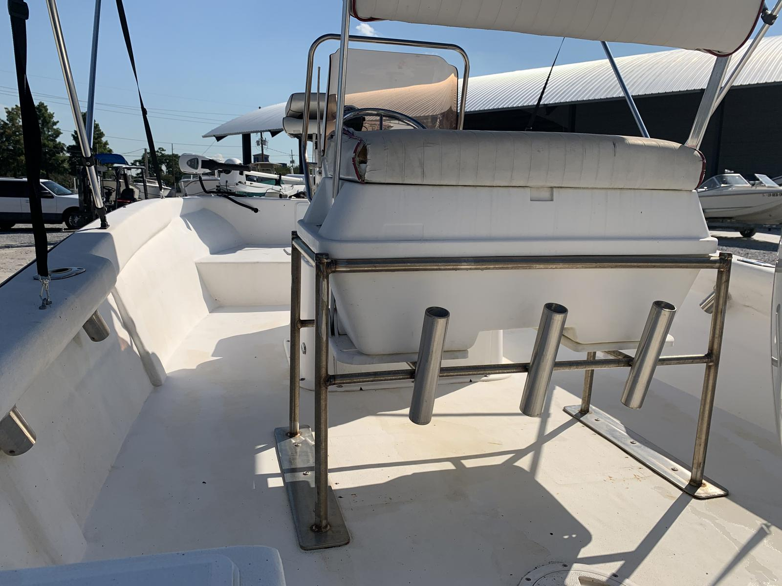 2007 Cape Craft boat for sale, model of the boat is 18 CC & Image # 2 of 8