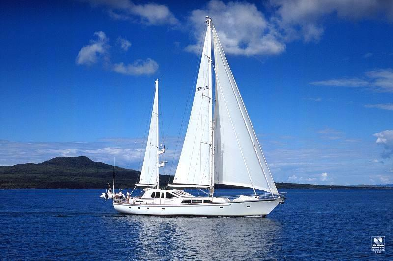 1990 Alloy Yachts International