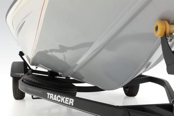 2020 Tracker Boats boat for sale, model of the boat is Pro Team 175 TXW® Tournament Ed. & Image # 9 of 31