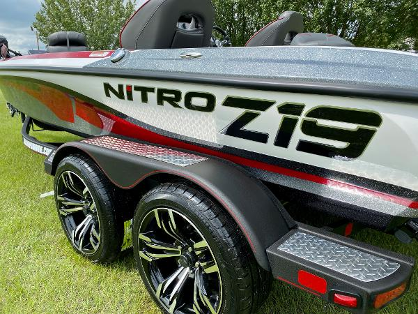 2021 Nitro boat for sale, model of the boat is Z19 Pro & Image # 4 of 17