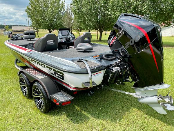 2021 Nitro boat for sale, model of the boat is Z19 Pro & Image # 5 of 17
