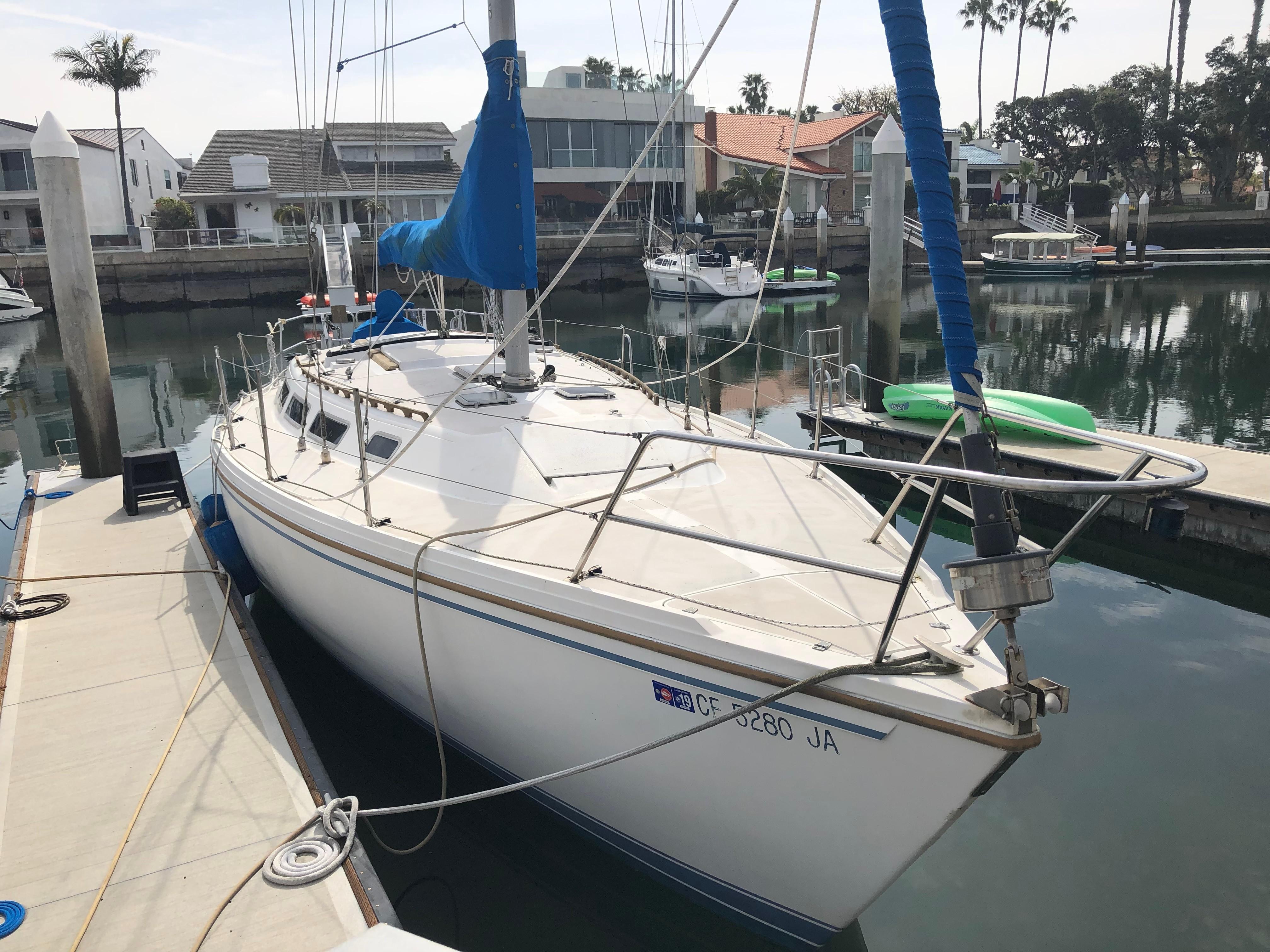36' Catalina 1985