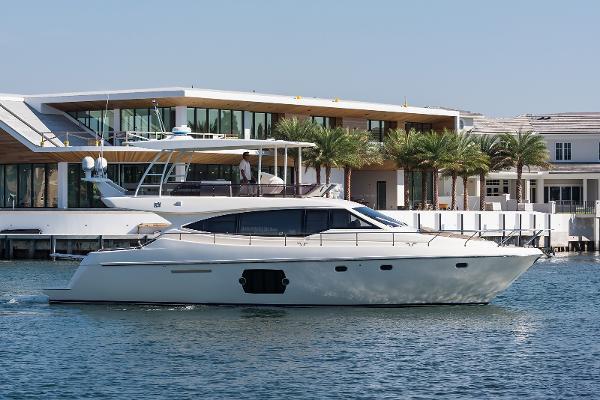 2010 51' Ferretti Yachts 510
