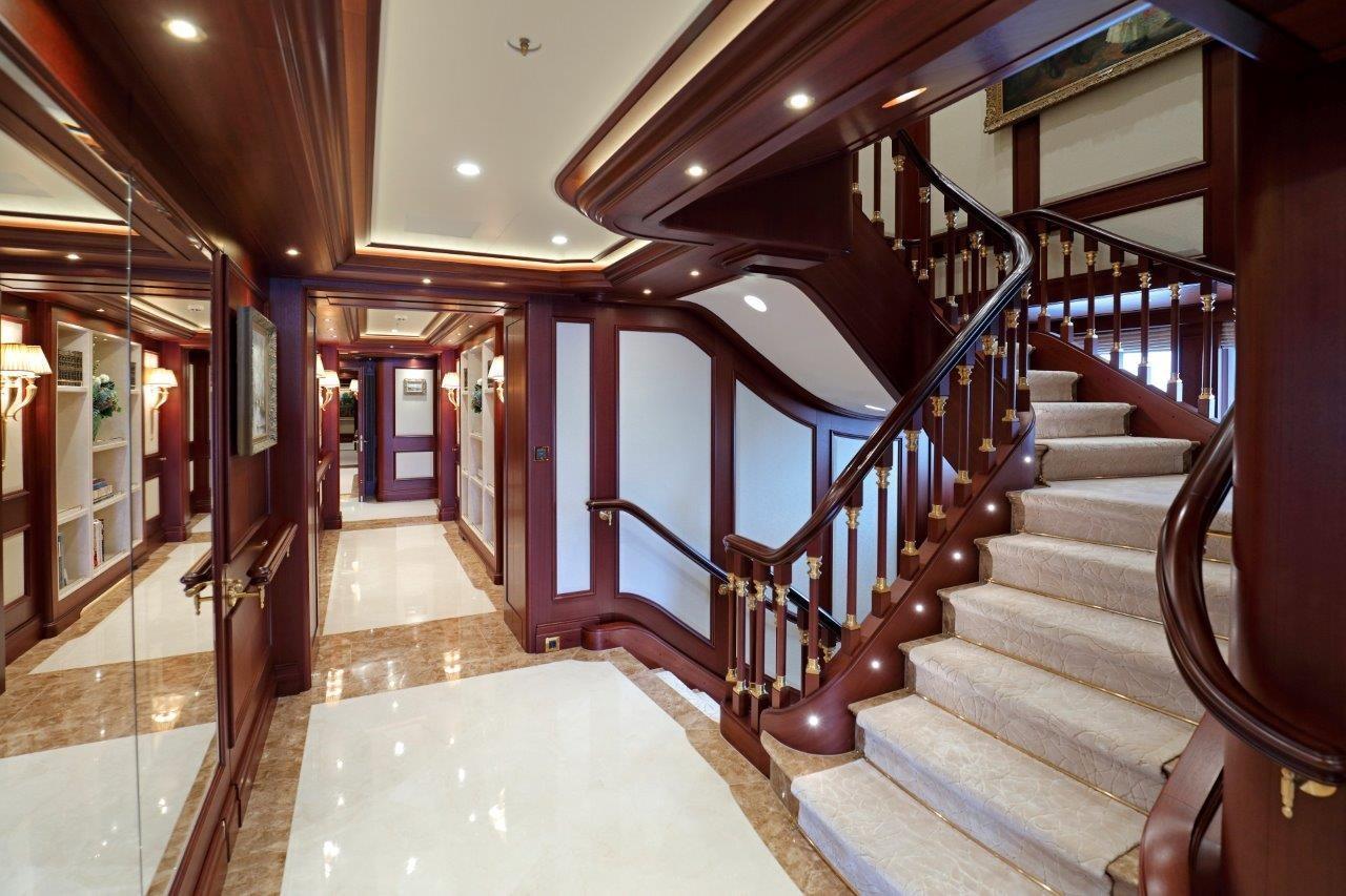 279 Lurssen Main Staircase