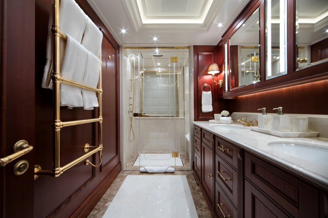 279 Lurssen Typical Lower Guest Bath