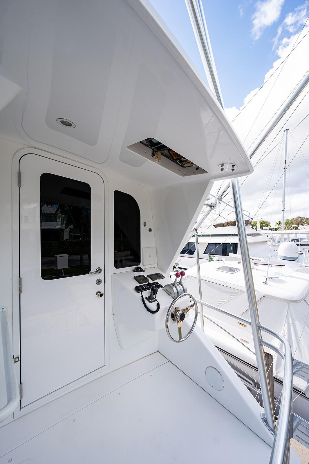Enclosed Flybridge Aft