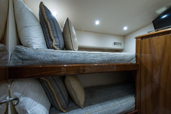 Guest Stateroom, Forward