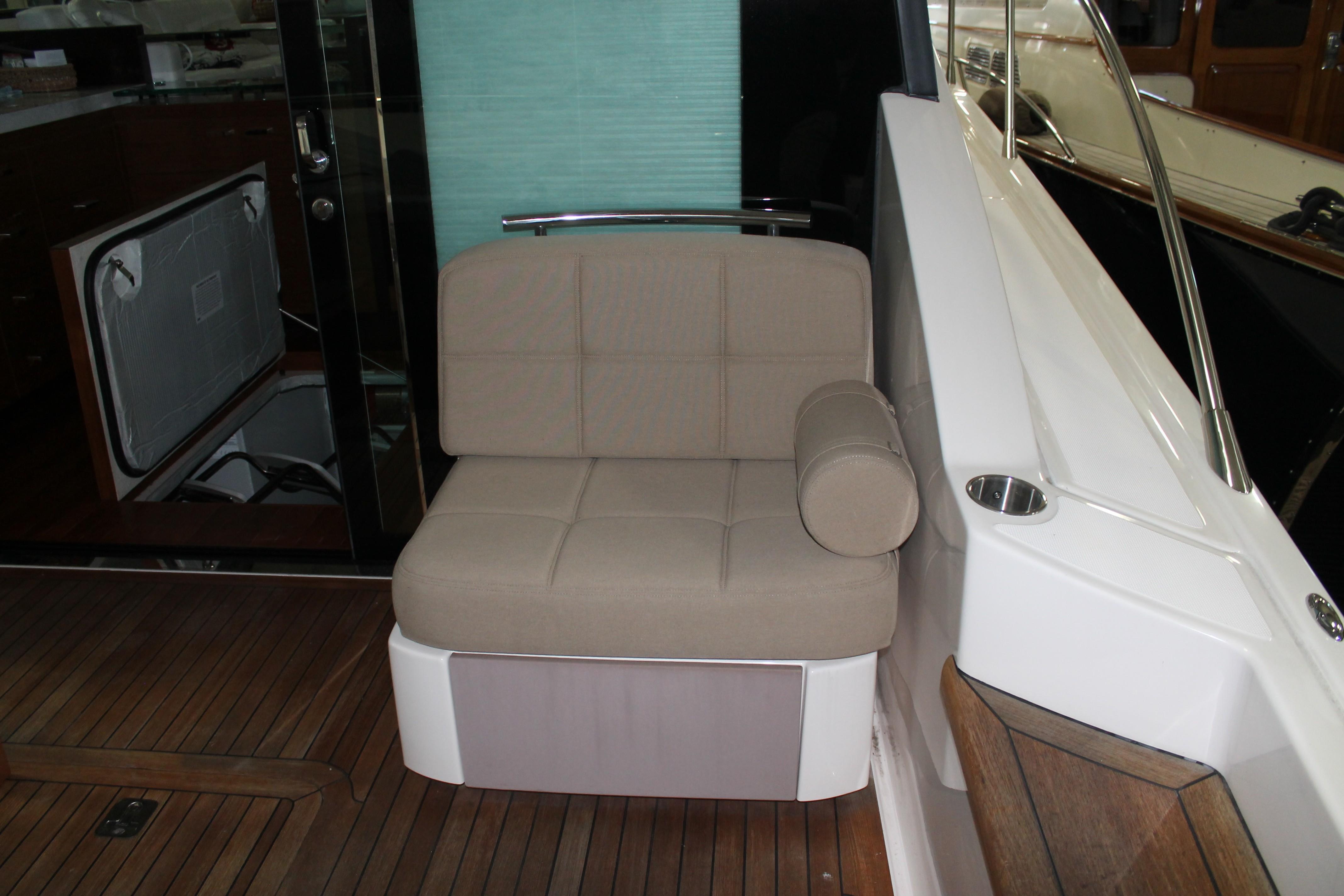 Starboard Aft Facing Seating