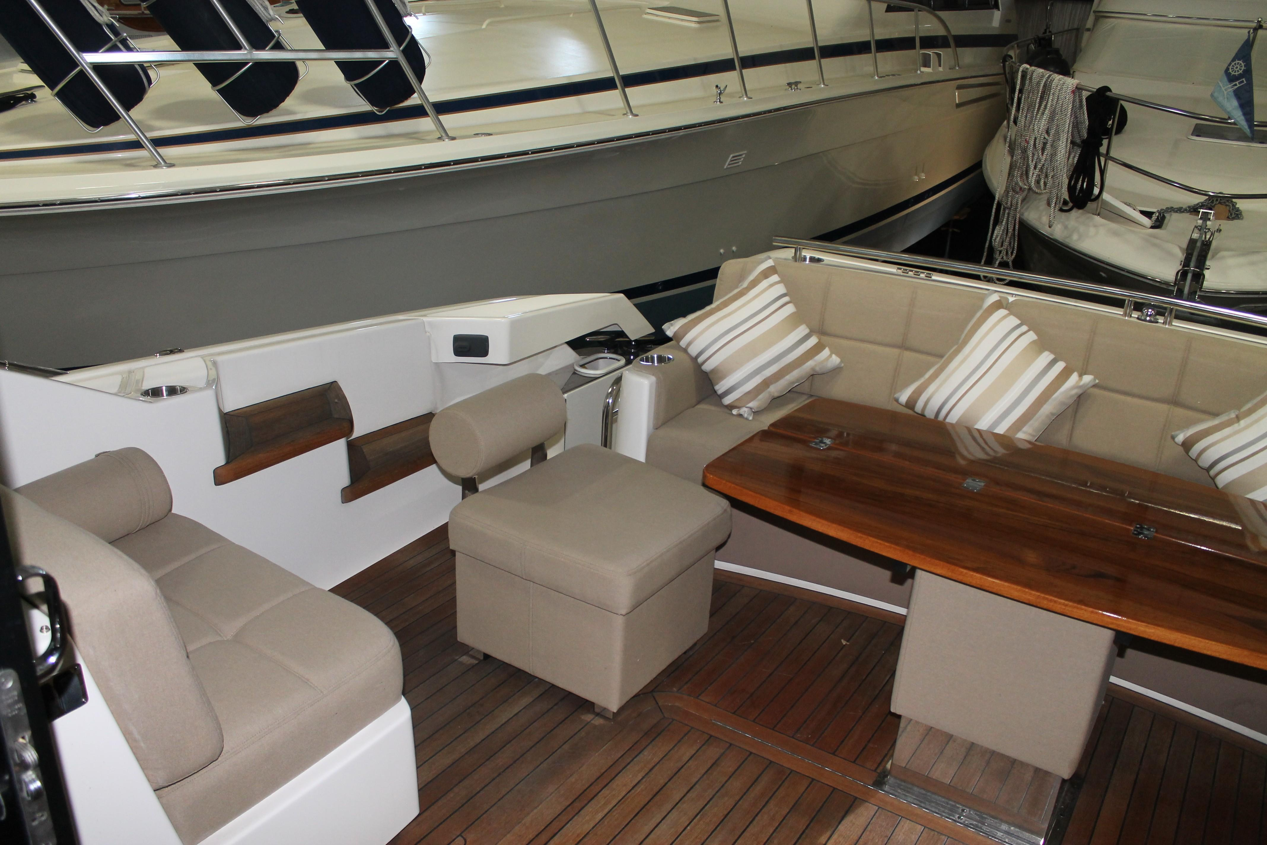 Aft Starboard Seating
