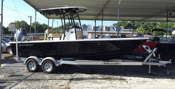 2016 Sportsman Boats Masters 227 Bay Boat