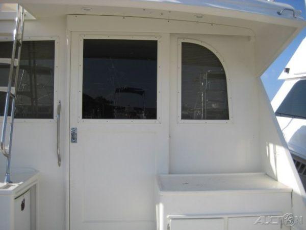 Cockpit Starboard Forward