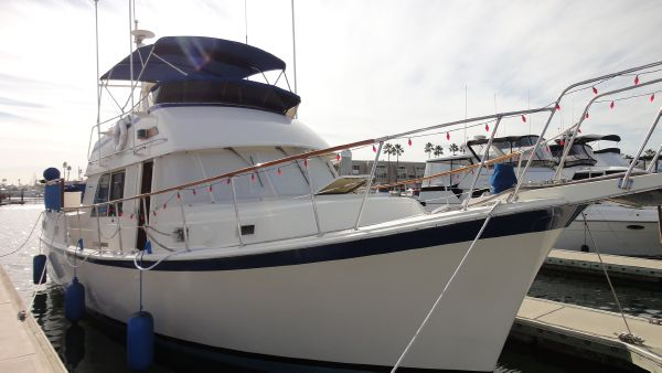 42' Hatteras Mark II Long Range Cruiser