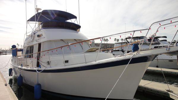 42' Hatteras Mark II Long Range Cruiser