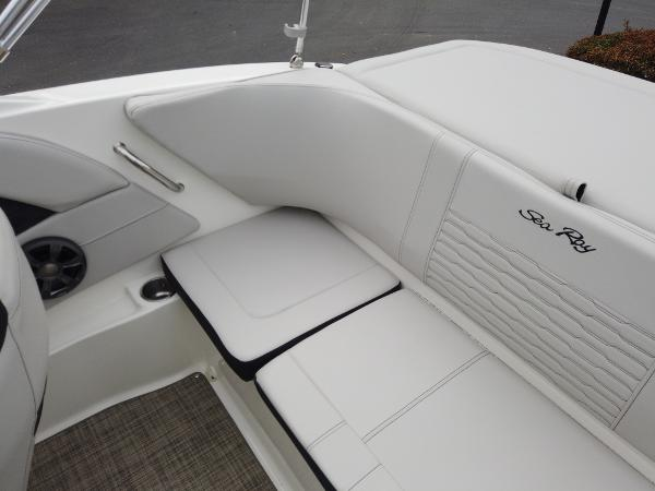2021 Sea Ray boat for sale, model of the boat is SPX 190 OB & Image # 4 of 9