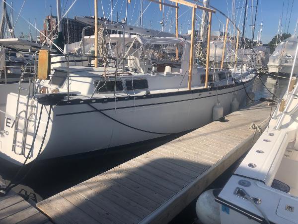 Kennedy 47 BoatsalesListing Broker
