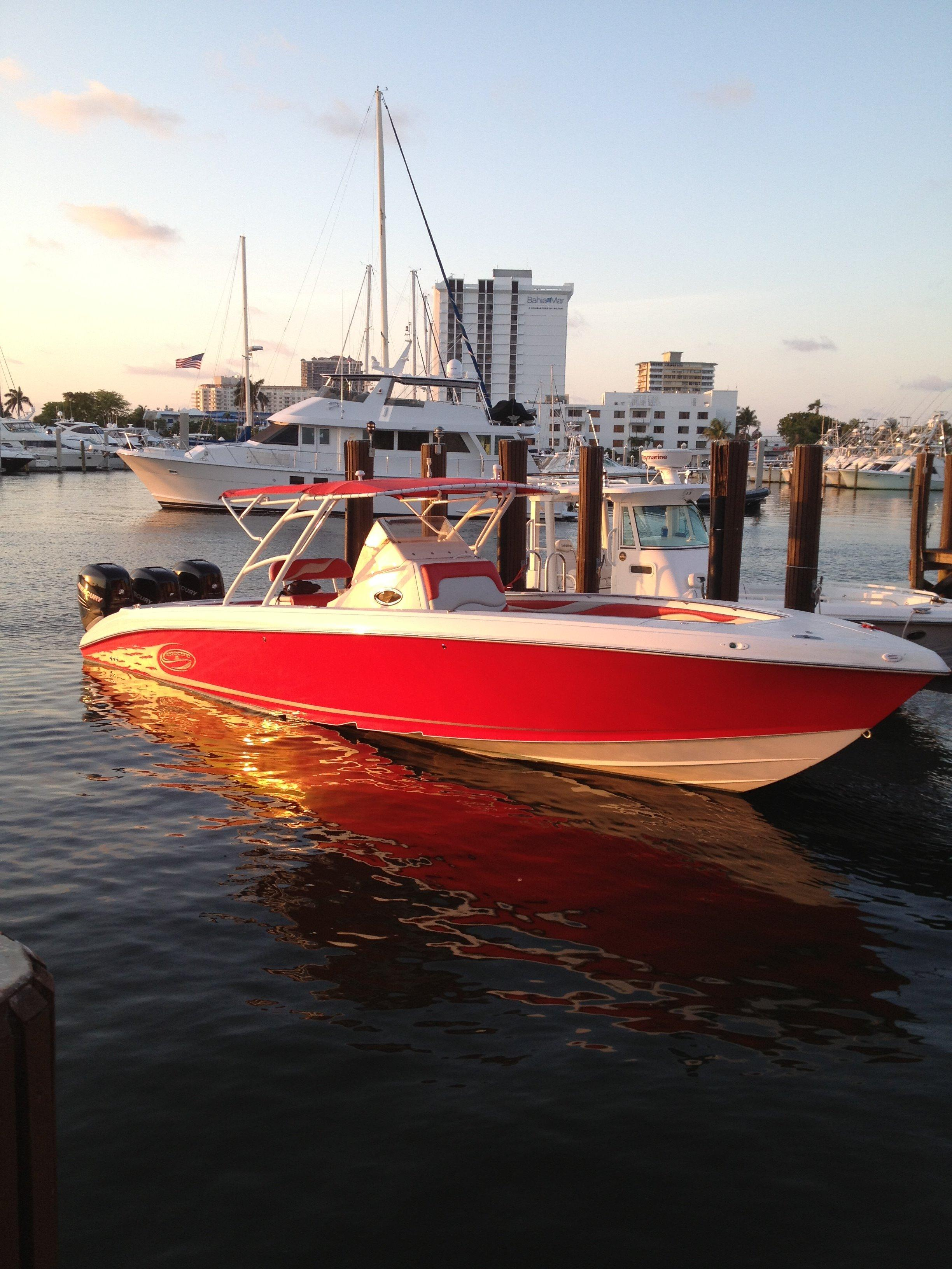 2006 Spectre Center Console V-hull