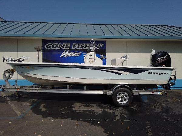 2011 Ranger Boats boat for sale, model of the boat is 220 Bahia & Image # 1 of 8