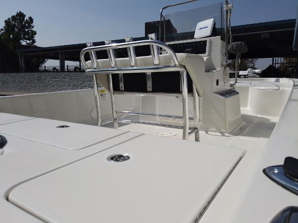 2011 Ranger Boats boat for sale, model of the boat is 220 Bahia & Image # 4 of 8