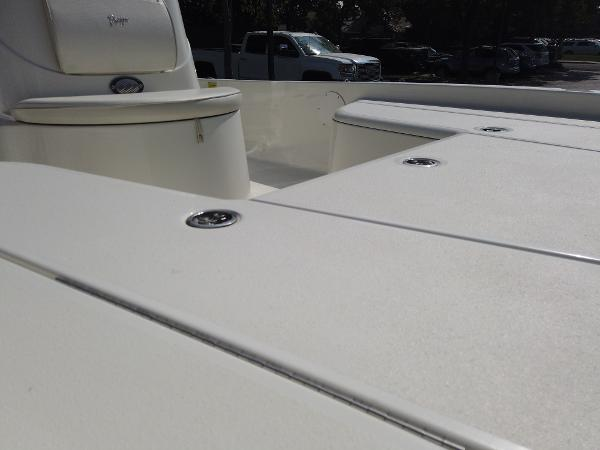 2011 Ranger Boats boat for sale, model of the boat is 220 Bahia & Image # 7 of 8