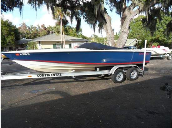 Donzi 22 Classic High Performance Boats. Listing Number: M-3811420 22' Donzi ...