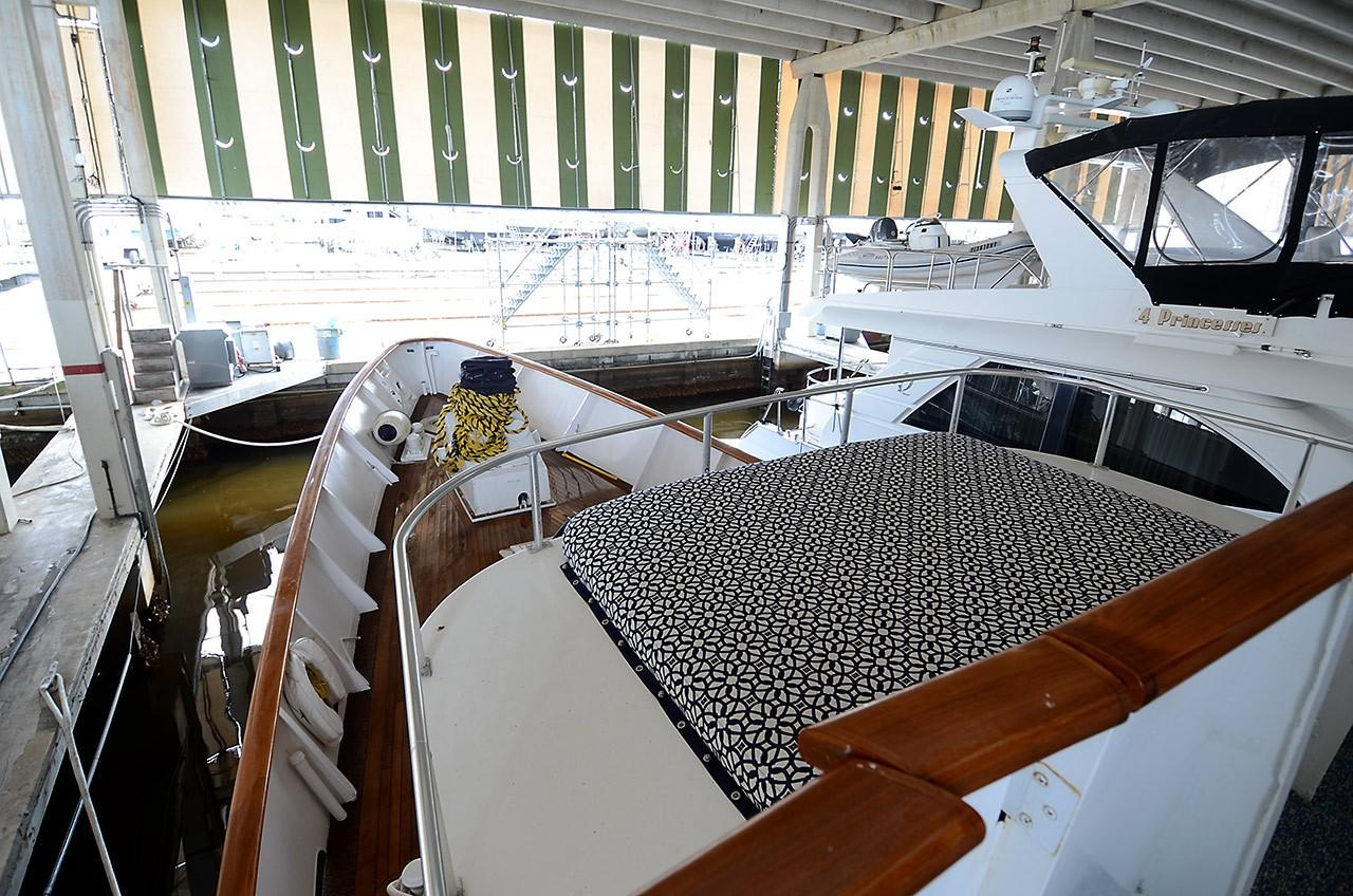 Upper Deck/Pilothouse - Portuguese Bridge