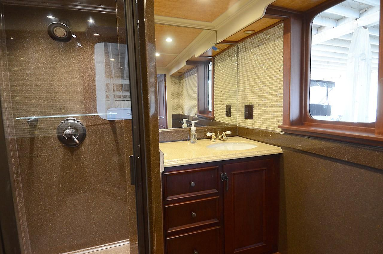 Upper Deck - Master Bathroom