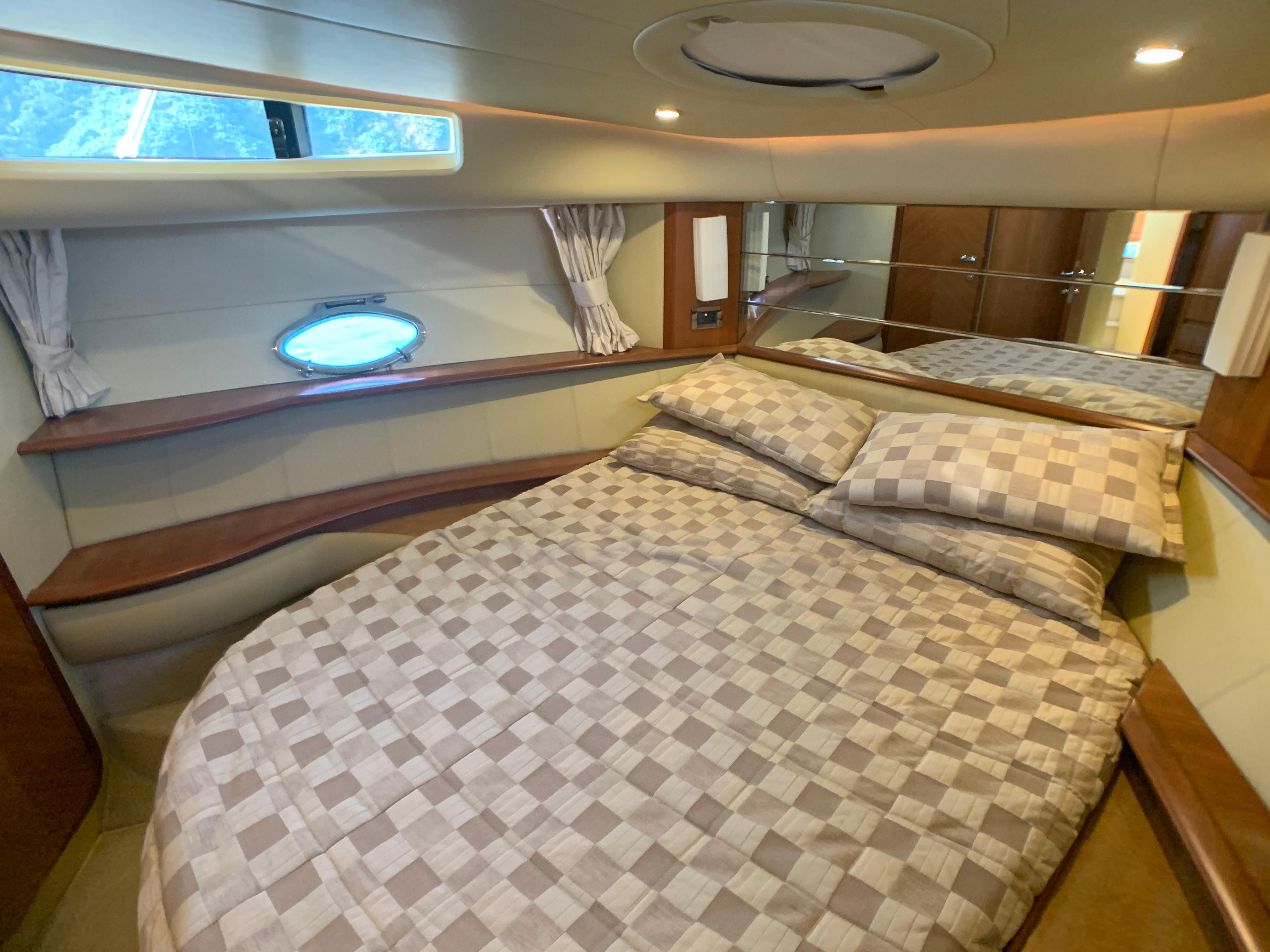 Azimut 46 - Master Cabin