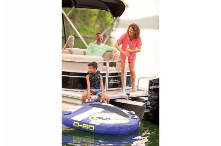 2019 Sun Tracker boat for sale, model of the boat is PARTY BARGE 24 XP3 w/ Mercury 150Hp 4S & Image # 10 of 18