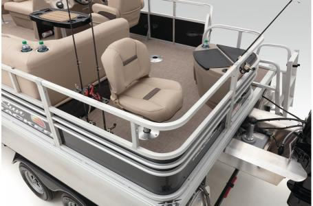2020 Sun Tracker boat for sale, model of the boat is Signature Fishing Barge 20 w/90 ELPT 4S CT & Image # 37 of 48