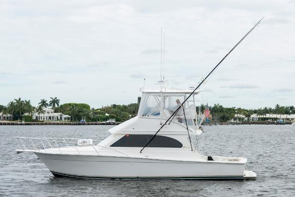 2002 37' Egg Harbor 37 Convertible
