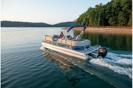 2019 Sun Tracker boat for sale, model of the boat is PARTY BARGE 22 w/ Mercury 115Hp 4S & Image # 1 of 17
