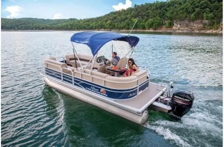 2019 Sun Tracker boat for sale, model of the boat is PARTY BARGE 22 w/ Mercury 115Hp 4S & Image # 8 of 17