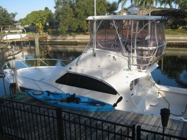 2002 Luhrs 360 Convertible Location: West Coast US. $179900.00