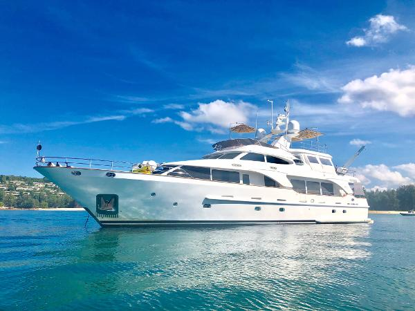 Simpson Marine - Yachts and Superyachts for sale in Asia