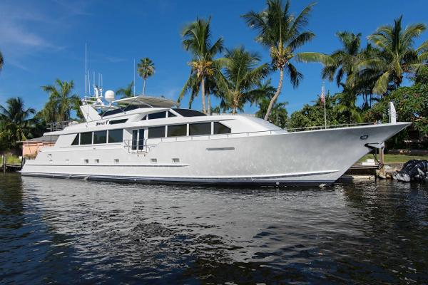 1999 112' Broward Motor Yacht